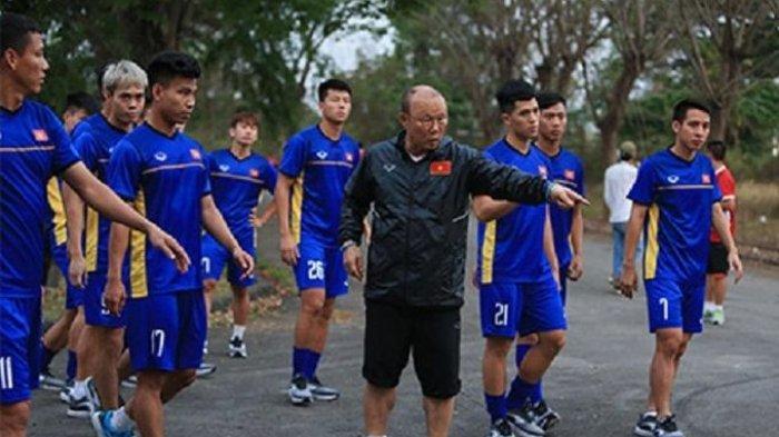 Pelatih Timnas Vietnam Masuk 40 Publik Figur Paling Berpengaruh di Korsel,Kalahkan Shin Tae-yong