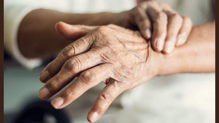 Inilah 10 Tanda Awal Penyakit Parkinson (2): Suara Lemah atau Rendah hingga Berdiri Miring