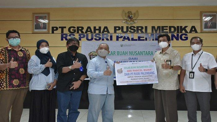 Dukung Gelar Buah Nusantara, Pusri Berikan 400 Parsel Buah