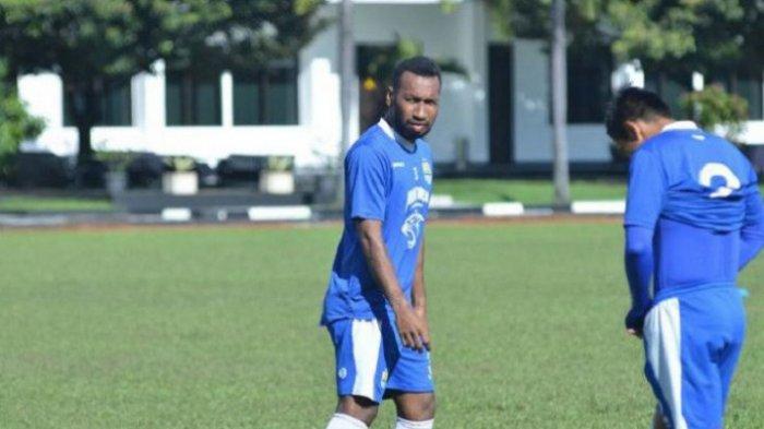Hasil Piala Menpora 2021 - Patrich Wanngai Bawa PSM Makassar Unggul Atas Persija di Babak Pertama