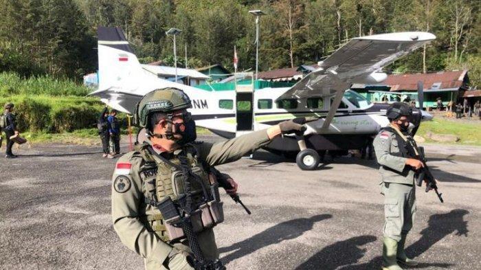 100 Pasukan Gabungan Polri-TNI Mendarat, Rebut Bandara Beoga:Cari dan Kejar KKB Papua,Penembak Guru