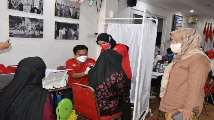 Percepat Herd Immunity, PDIP Sumsel Kembali Gelar Vaksinasi Massal Targetkan 5000 Orang Divaksin