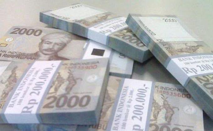 Layani Penukaran Uang Pecahan, BSB Muara Enim Batasi Maksimal Rp 1 juta Per Orang