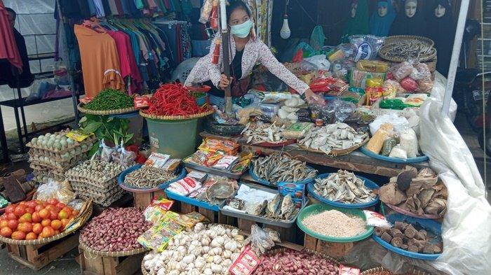 Harga Cabai dan Bawang Masih Stabil, Pedagang di OKU Timur : Kalau Bisa Jangan Naik Sampai Ramadhan