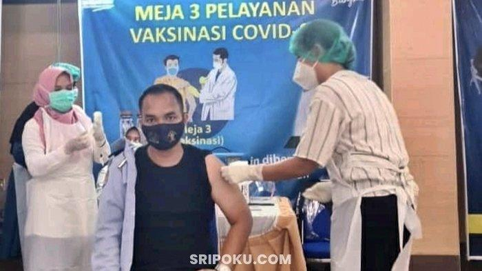 Kantor Imigrasi Muara Enim Gelar Vaksinasi Covid-19, Pelayanan Masyarakat Tetap Diprioritaskan