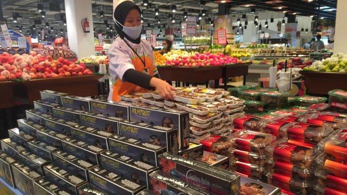 DIAMOND Palembang Tambah Stok Kurma dan Kebutuhan Buah Segar Jelang Ramadan