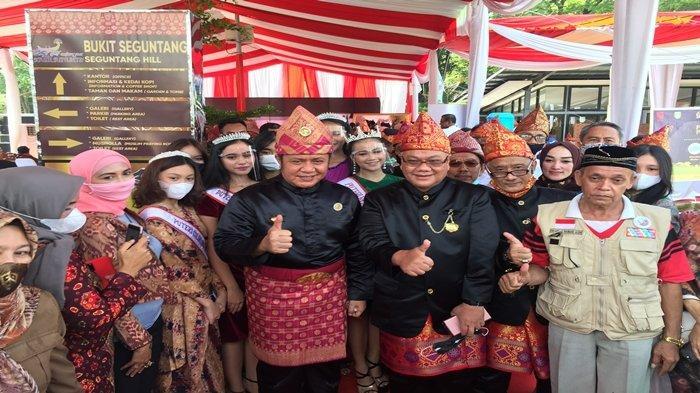 Seniman & Busana Pernikahan Ramaikan Pekan Adat Sumatera Selatan 2020 di Bukit Siguntang Palembang