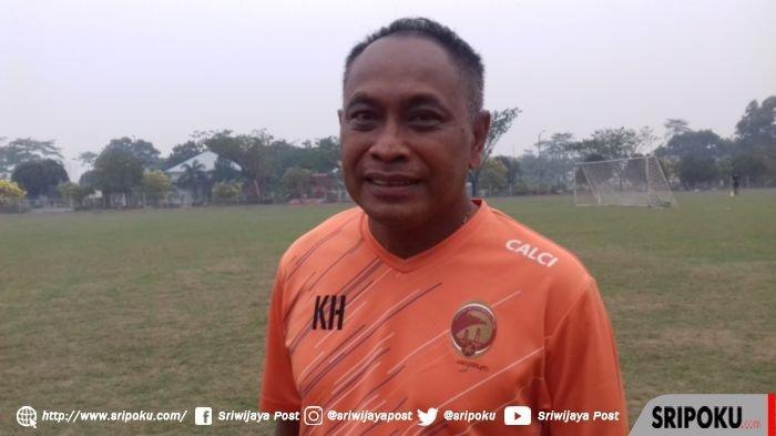 Sriwijaya FC Cari Pelatih Baru, Kas Hartadi Akui Mau Tangani Laskar Wong Kito: Udah ga Asing Lagi