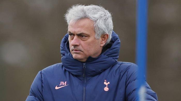 Nasib Jose Mourinho di Ujung Tanduk, Kesempatan Tinggal 4 Laga Lagi: Terancam Diganti Pelatih Muda