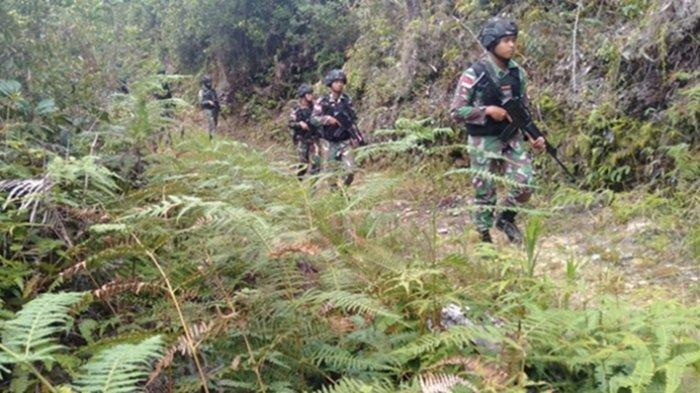 INFO TERKINI, Pasukan TNI-Polri Rebut Bandara Kiwirok, Puluhan KKB Papua Masuk Hutan
