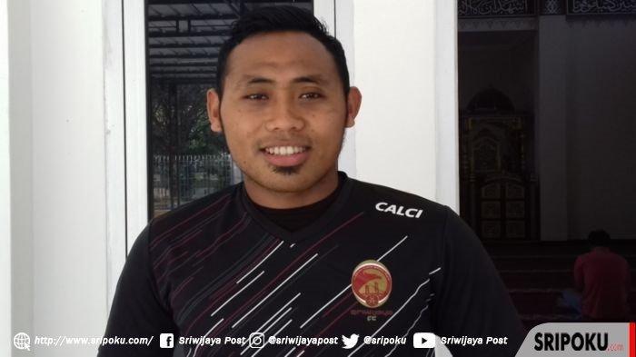 Tidak Jelas, Striker Ahmad Ihwan Akhirnya Terima Pinangan Badak Lampung