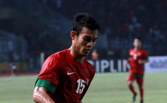 Pemain Timnas Indonesia U-19, Maldini Pali dengan nomor punggung 15.