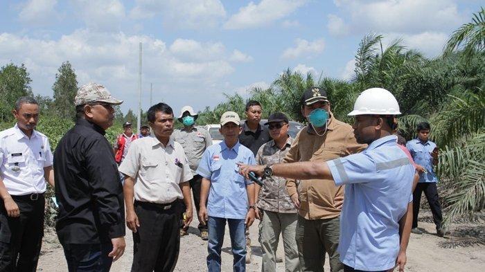 Di Komandoi Bupati Muba Tim Satgas Kebut Pengerjaan Transmisi Listrik ke Kecamatan Lalan