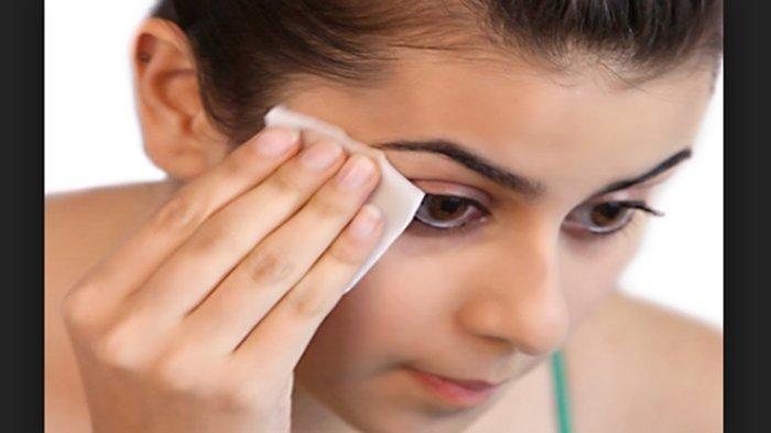 Ilustrasi membersihkan wajah