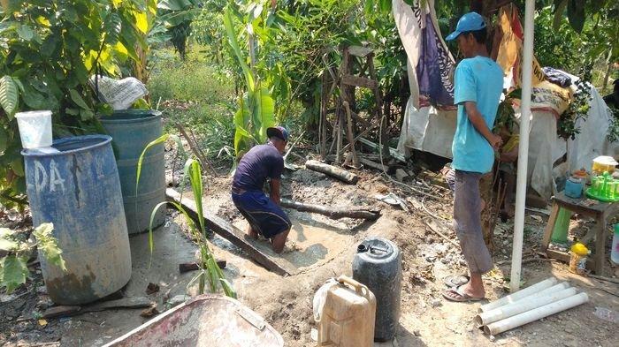 Musim Kemarau, Warga Kecamatan Muaradua OKU Selatan Mulai Membuat Sumur Bor