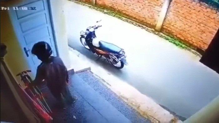 Pencurian Celana Dalam & Bra di Lubuklinggau Terekam CCTV, Korban Menduga Sosok Ini: Sering Dilihat