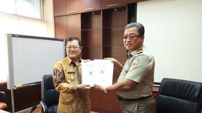 Bupati Terima Langsung Persub RTRW, Ketua DPRD Siap Bahas Di Pansus