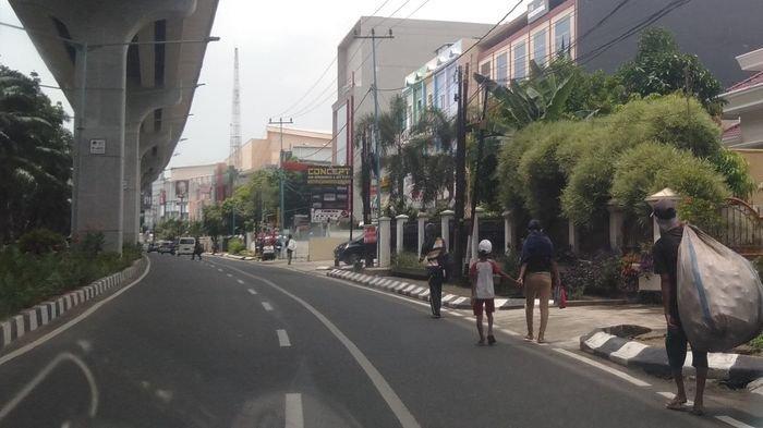 Anak Jalanan dan Pengemis di Palembang