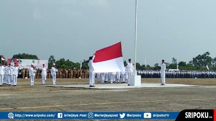 Upacara Bendera HUT ke-74 Kemerdekaan RI di Lapangan Bandara Stanvac PALI Dipimpin Personel Pilihan