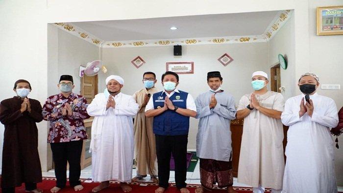 Resmikan Masjid Syari'ah, HD Minta Masyarakat Mengikuti Kebijakan Pemerintah