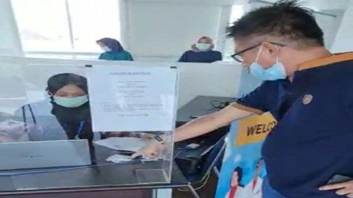 Hasil Antigen Positif Padahal Negatif, Penumpang Bandara SMB II Palembang Ngamuk : Jangan Asal Kamu