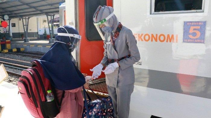 PT KAI Divre III Palembang Beri Vaksin Gratis Bagi Calon Penumpang, Sehari 10 Vaksin, Ini Syaratnya