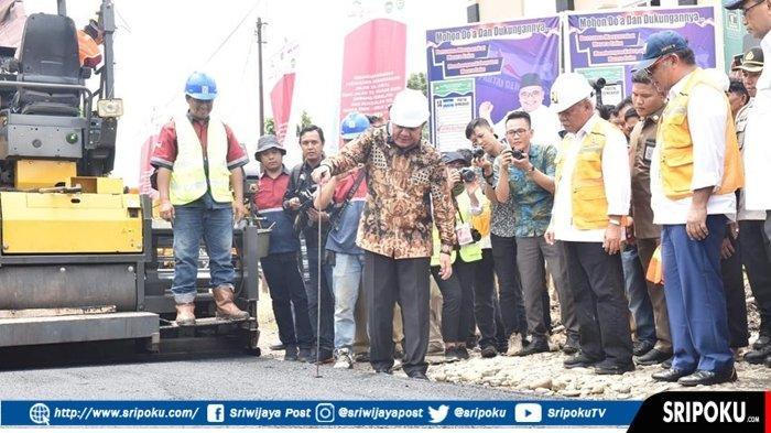Perbaikan Infrastruktur.HD Berikan Bantuan Gubernur Sebesar Rp 11.5 M Rupiah Untuk Kabupaten Lahat