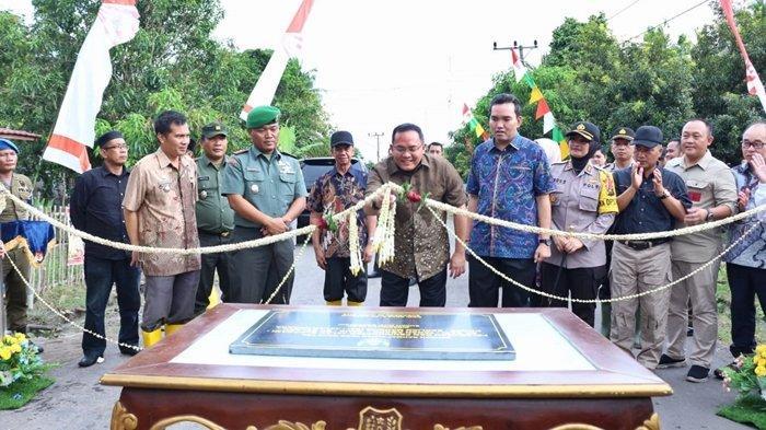 Bupati Muba Dodi Reza Tuntaskan Infrastruktur Jalan 66.3 Kilometer Jalan Penghubung Lawang Wetan