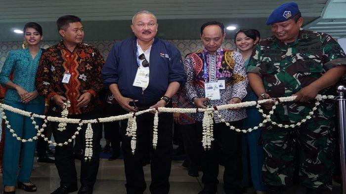Alex Noerdin Resmikan Rute Baru Garuda Indonesia Palembang-Padang