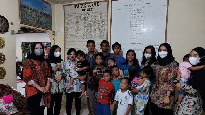 Rela Sisihkan Gaji,  Cara Karyawan Parfum Studio Perfumery Bantu Warga Terdampak Pandemi