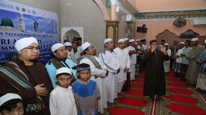 Maulid Nabi Muhammad SAW tak Lama Lagi, Baca dan Amalkan Sepuluh Bacaan Sholawat Nabi Berikut ini