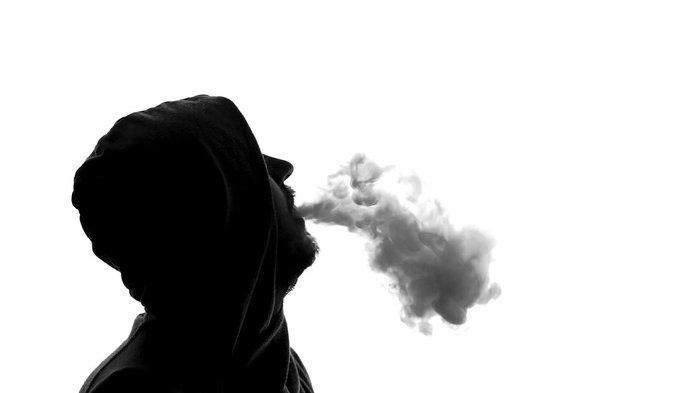Merokok dapat memicu kanker