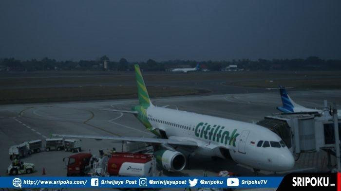 Kondisi di Bandara SMB II, Baru Naik Pesawat Eh Sudah Turun