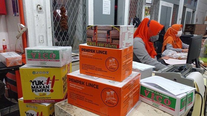 Dari Palembang, Kirim Pempek ke Jabodetabek Cuma Rp10 Ribu Per Kilo: Sehari Sampai