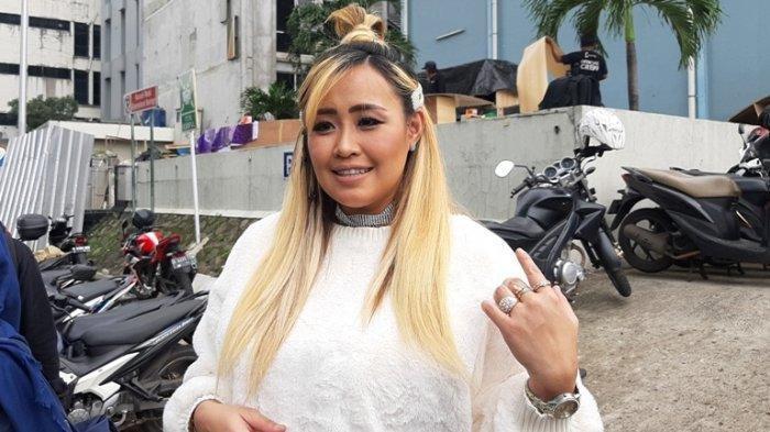 Lama Hilang, Nasib Pinkan Mambo Berubah Drastis, Suami PHK Kini Tinggal di Kontrakan: Turun Derajat