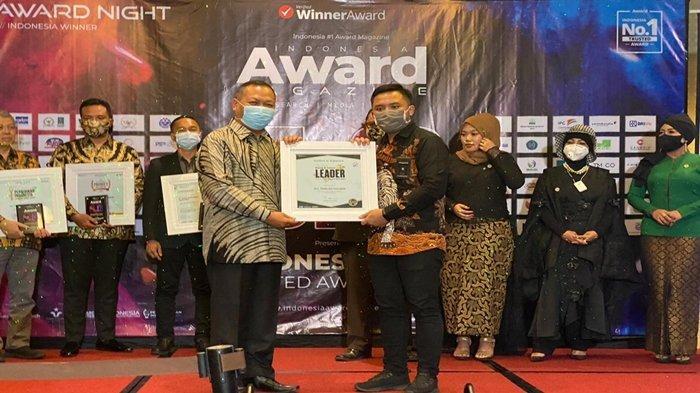 Sukses Pimpin PKB Sumsel,Ramlan Holdan Raih Penghargaan dari Indonesia Award Magazine 2020