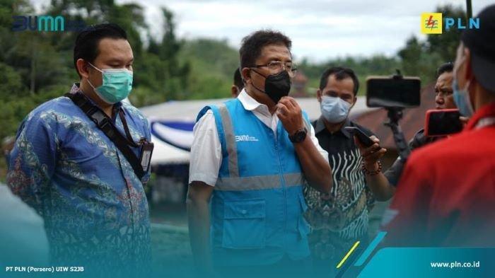 Dukung EBT, PLN Memberikan Bantuan Tabung Listrik dan Rampungkan Pembangunan Listrik Desa