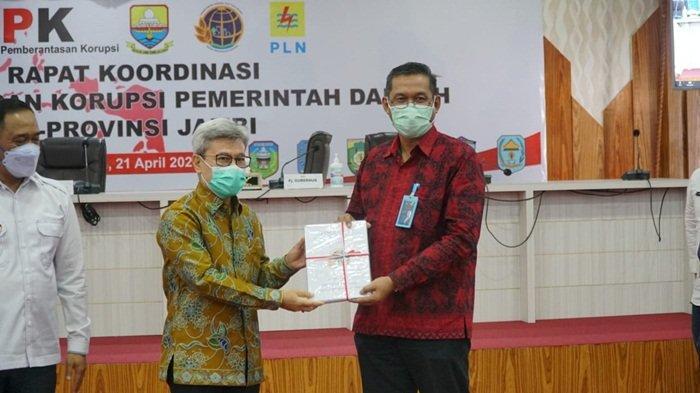 PLN Terima 55 Sertifikat Aset Tanah dalam Rakor Pemberantasan Korupsi Pemda se-Provinsi Jambi