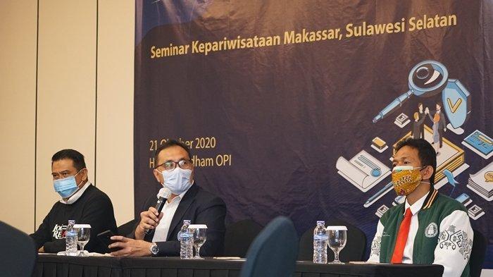 Politeknik Pariwisata (Poltekpar) Palembang bersama Poltekpar Makassar, melakukan kolaborasi penelitian lewat seminar dan diseminasi yang dilaksanakan di Hotel Wyndham OPI, Rabu (20/10/2020). Tiga orang memaparkan hasil penelitiannya. Tiga orang peneliti tersebut adalah Dr. Zulkifli Harahap, M.M.Par., CHE. yang juga Direktur Poltekpar Palembang, dan dua orang dari Poltekpar Makassar yakni Dr. Islahuddin, M.Si., CHE., dan Dr. Ahmad AB, M.Si., CHE.