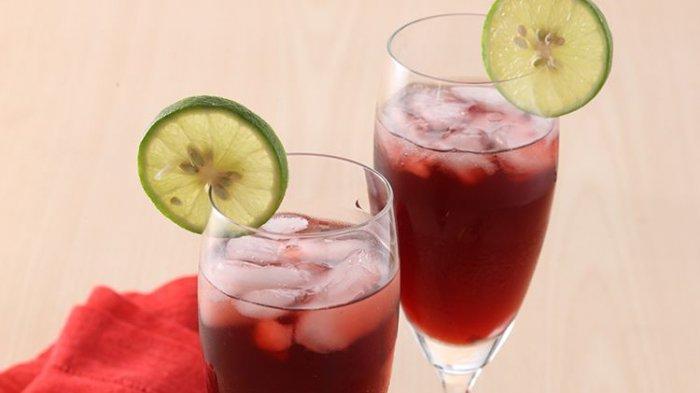 Heeemh, Sedaaap Nikmati Dinginnya Sparkling Anggur Pome di Senja Hari Bersama Si Dia