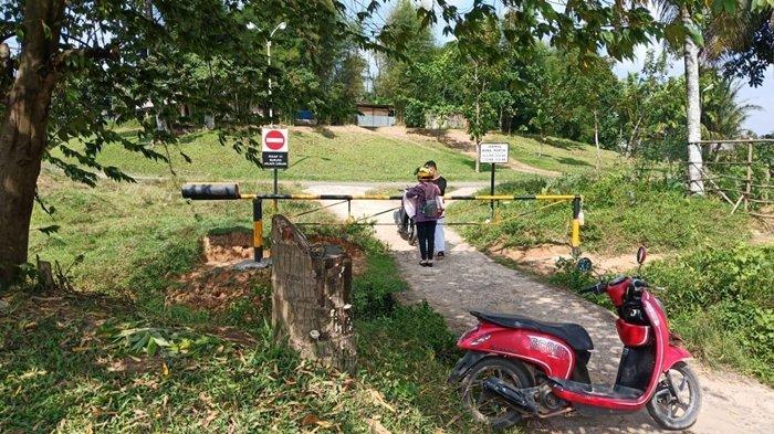 Pertamina Portal Akses Masuk Komperta di Talang Ubi, Sering Dilintasi Warga untuk ke Pasar Pendopo