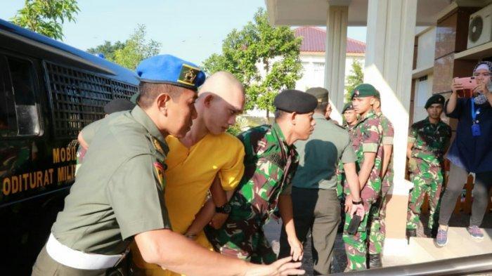 Sidang Perdana Prada DP Dijaga Ketat Puluhan Personil Tentara, Keluarga Vera Minta Hukuman Setimpal