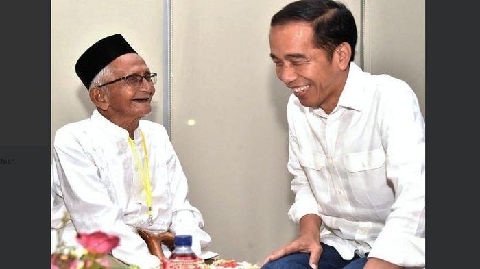 Bertemu Jokowi di Aceh, Nyak Sandang, Pemilik Obligasi RI 001 Minta Naik Haji. Begini kata Jokowi