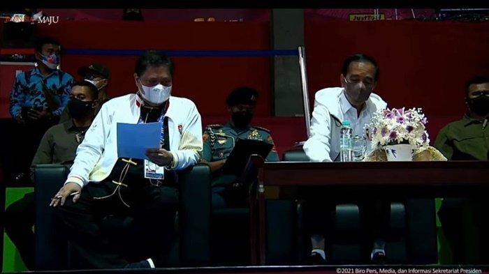 Airlangga Hartarto Dampingi Presiden Jokowi Nonton Pertandingan Wushu di PON XX Papua 2021