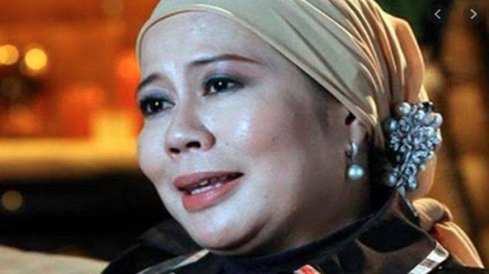 Profil Dewi Yull, Ternyata Berdarah Palembang, Rahasiakan Suami hingga Punya Anak Petinju