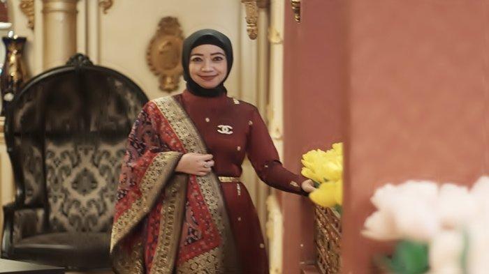 Mengenal Adis Karim Owner Rumah Songket Adis Palembang, Eks Pegawai Bank yang 3 Tahun Pasang Surut