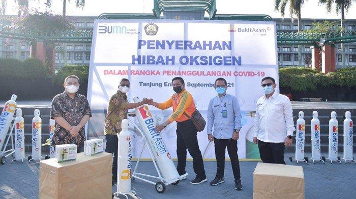 PT Bukit Asam Serahkan Bantuan Alkes Untuk 3 Puskesmas di Muara Enim