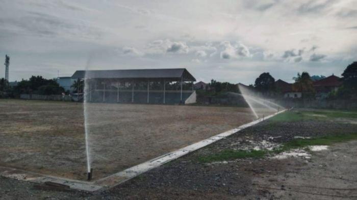 PT Bukit Asam Tbk (PTBA) melalui dana Corporate Social Responsibility (CSR) senilai Rp 2.293.500.000 melakukan renovasi Lapangan Sepakbola Saringan yang berlokasi di Saringan Desa Lingga, Kecamatan Lawang Kidul, Kabupaten Muaraenim, Jumat (13/11).