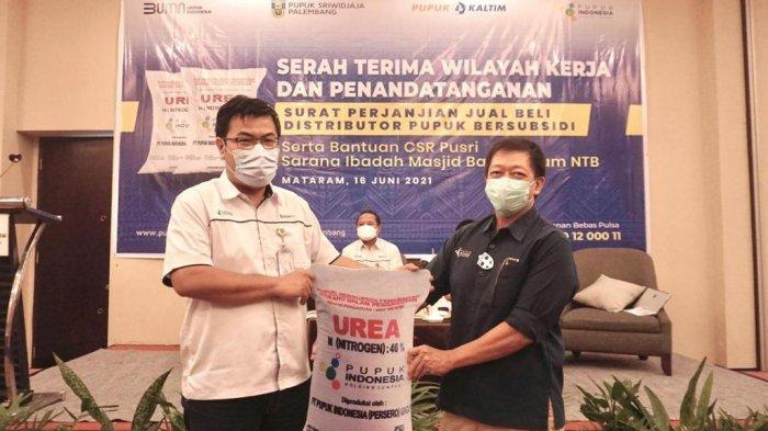 PT Pusri melakukan penandatanganan SPJB dengan distributor pupuk di Lombok.