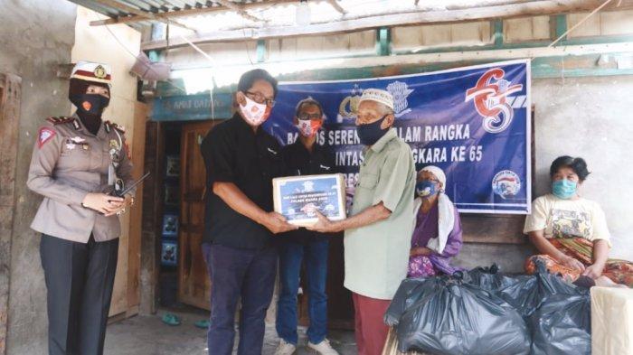 Meriahkan HUT Polantas, PTBA Bagikan Sembako, Alat Kesehatan dan SIM Gratis ke 10 Desa di Muara Enim